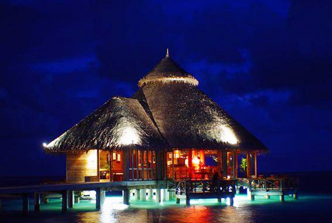 P300 Lagoon Villa Retreat by night